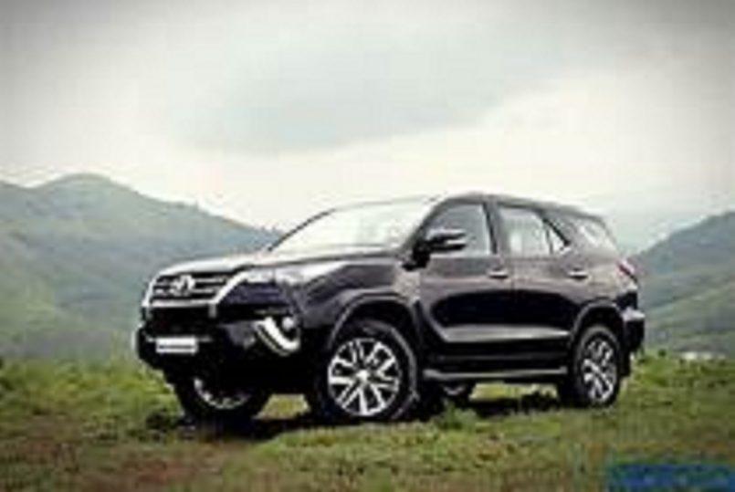 Toyota's version of Maruti Suzuki Ertiga rendered ahead of Launch
