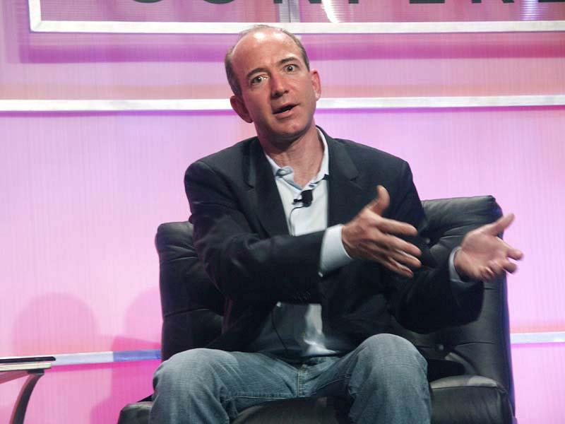 Jeff Bezos retakes the throne of world's richest person