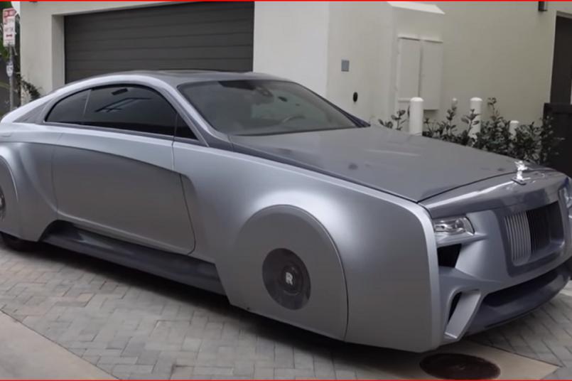 Justin Bieber's Rolls Royce looks very strange