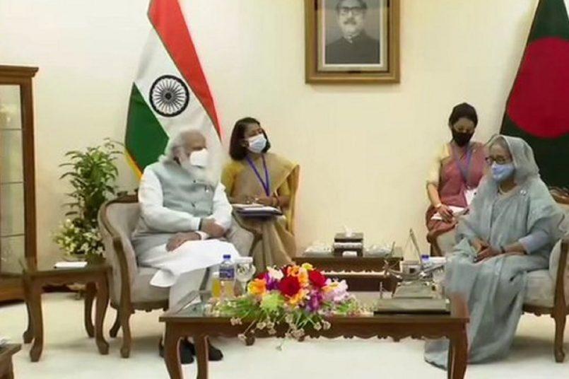 PM Modi, Sheikh Hasina Jointly launch train between India and Bangladesh