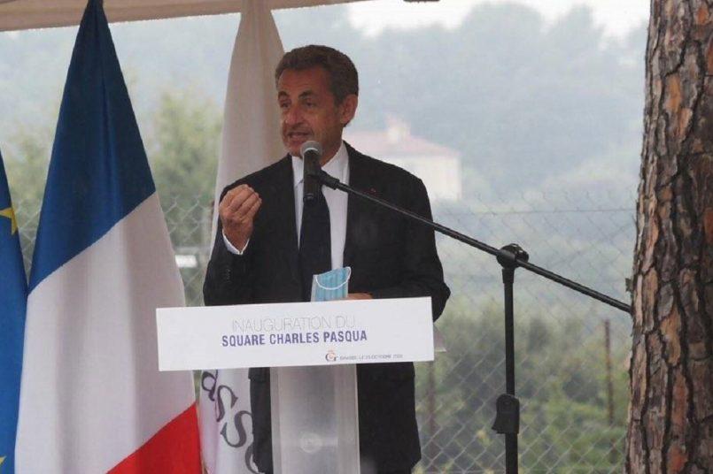 """Nicolas Sarkozy Retweeted Les Républicains des Alpes-Maritimes @LesRep06 · Oct 23, 2020 . @NicolasSarkozy """"Il faut renverser les choses, l'impératif de sécurité prime aujourd'hui sur l'asile dévoyé"""