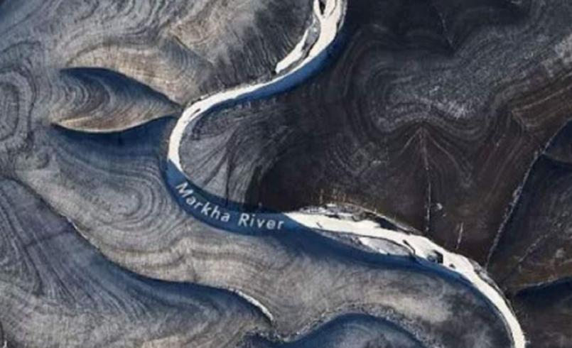 Unusual striped patterns in Russia snow baffle NASA