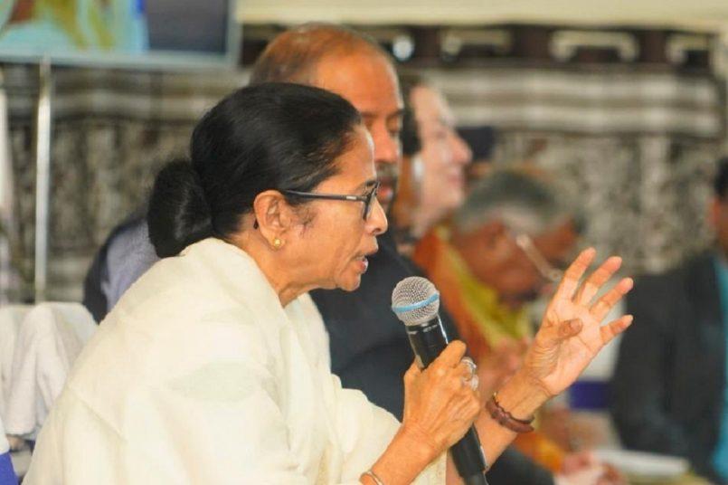 EC suspends cops, cites security lapse in Mamata Banerjee injury case