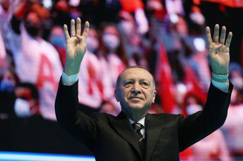 Erdogan sues rival for comparing him to Israel's Netanyahu