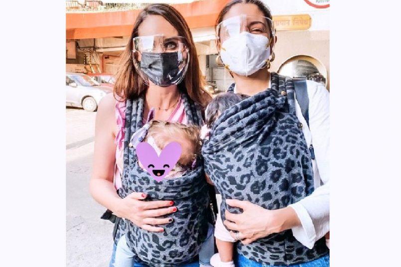 Anushka Sharma and Danielle de Villiers share 'mom's special bond'