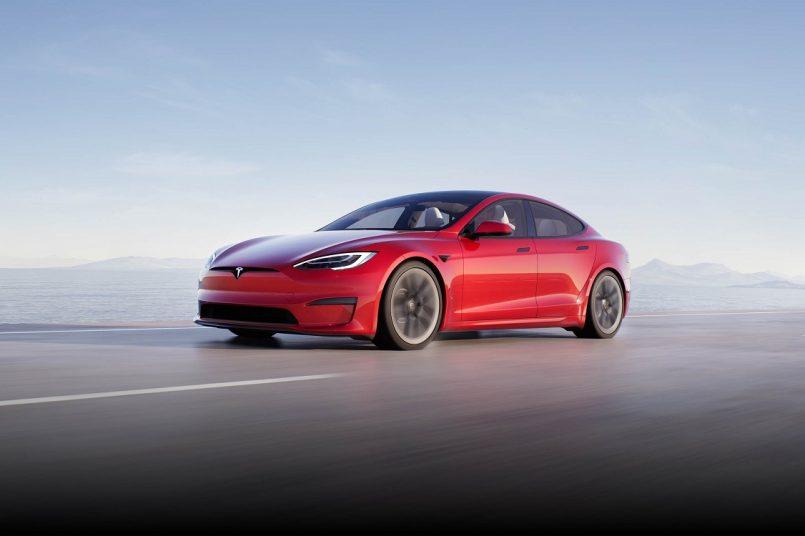 Tesla's Model S Plaid offers alternative way to change gears