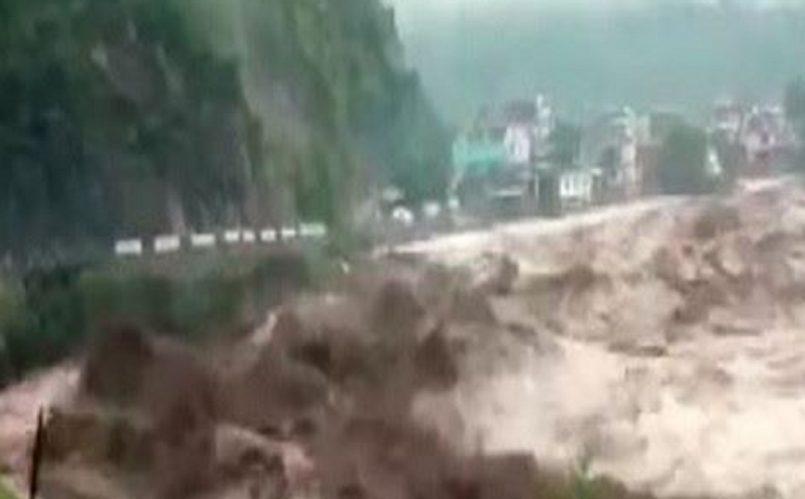Cloud burst in Jammu's Kishtwar district leaves several missing